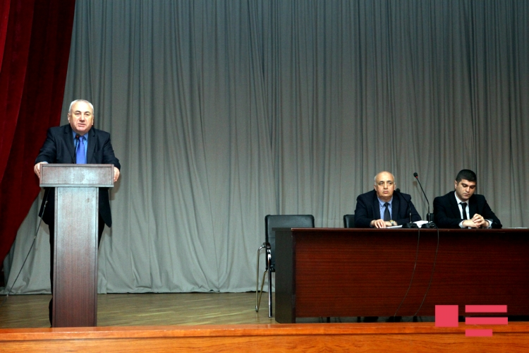 Ağ Evin saytında açılmış petisiya ilə bağlı Neft və Sənaye Universitetində görüş keçirilib