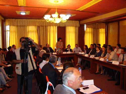 В Гяндже прошла международная конференция под названием «Применение международной практики в повышении избирательной активности женщин»