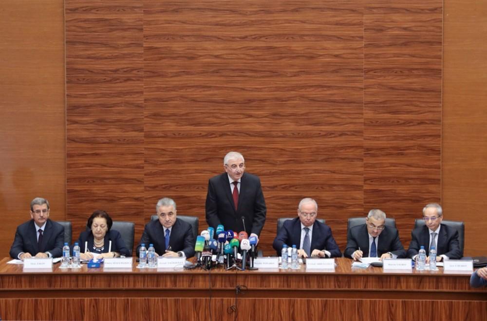 Mərkəzi Seçki Komissiyasında dairə seçki komissiyalarının sədrləri üçün seminar-müşavirə keçirilib