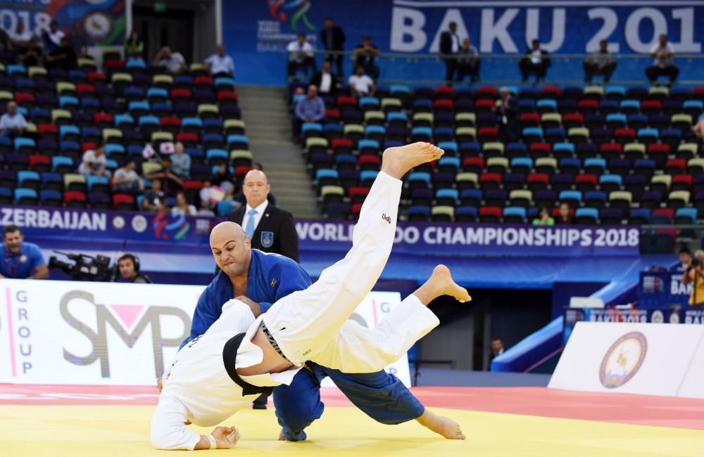 Cüdoçumuz Uşanqi Kokauri dünya çempionatında gümüş medal qazanıb
