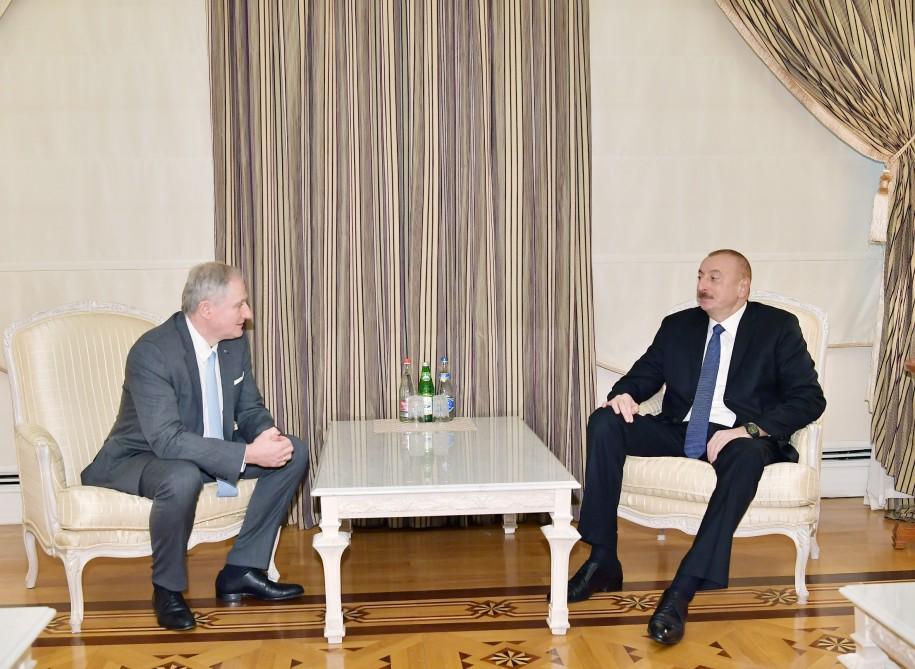 President Ilham Aliyev received executive director of International Astronautical Federation