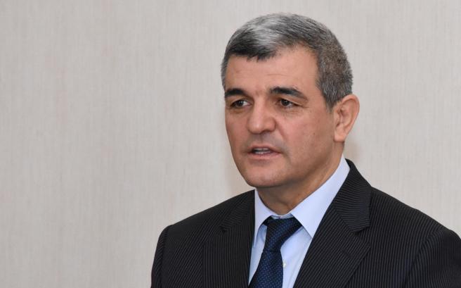 Fazil Mustafanın yeni kitablarının təqdimat mərasimi keçirilib
