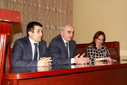 Elxan Süleymanovun təşəbbüsü ilə reallaşan Sabir qiraət müsabiqəsinə dair görüş keçirildi
