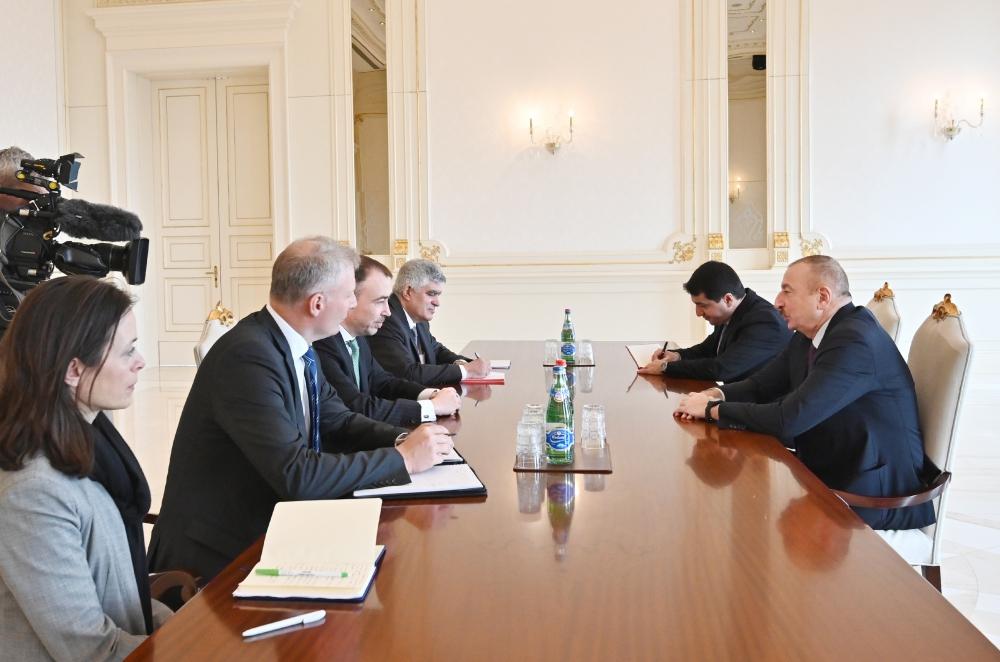 Prezident İlham Əliyev Avropa İttifaqının xüsusi nümayəndəsinin başçılıq etdiyi nümayəndə heyətini qəbul edib